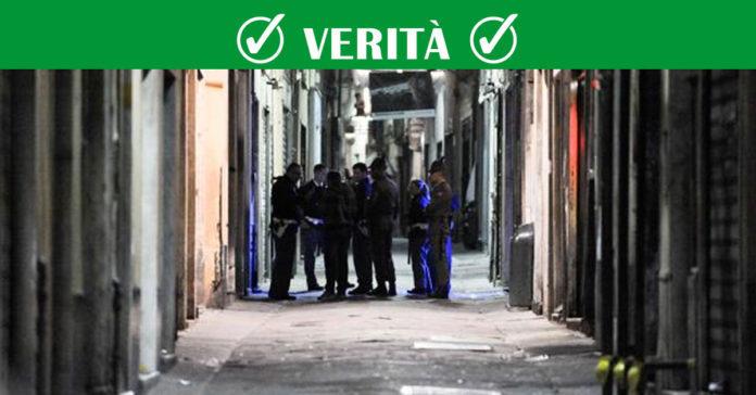 Fa pipì nei vicoli di Genova